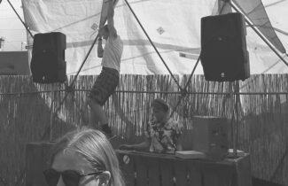 DJ - Malin Karlsson & Lovisa Gunnarsson